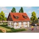 Auhagen 11453 - 1:87 Einfamilienhaus 120 x 97 x 90 mm