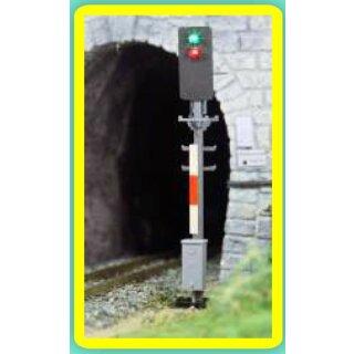 Alphamodell 5710 -- Spur H0e ÖBB Hauptsignal grün/rot Schmalspur
