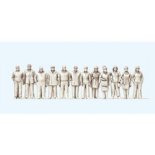 """Preiser 74091 - Figurensatz unbemalter Bausatz 1:100 """"Stehende Frauen und Männer. 1"""""""