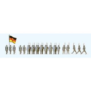 """Preiser 75102 - Figurensatz unbemalter Bausatz 1:120 """"Wachaufzug der NVA. Deutsche"""""""