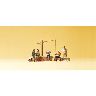 "Preiser 79161 - Figurensatz 1:160 ""Rastende am Dorfbrunnen"""
